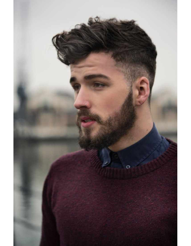 Coiffure homme cheveux droit