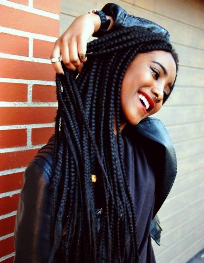 Coiffure cheveux afro nattes 2015 - Coiffures afro : les filles ...