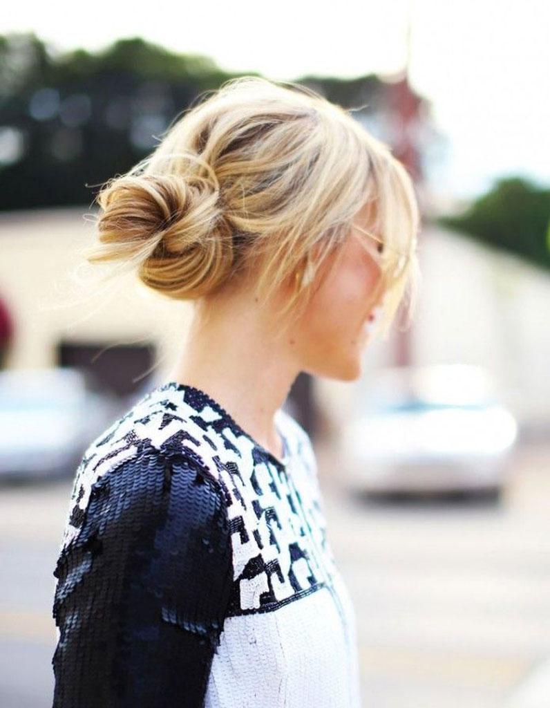 Chignon Coiffé Décoiffé Facile destiné des idées de coiffures faciles - elle
