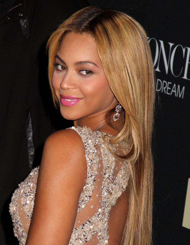 Beyonc 233 Et Ses Longs Cheveux Blonds Ic 244 Nes Cheveux Les