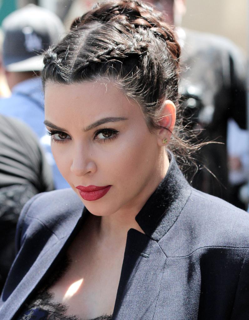 1000 ideas about les tresses africaine on pinterest cornrow les tresses and braid - Comment faire le maquillage de kim kardashian ...