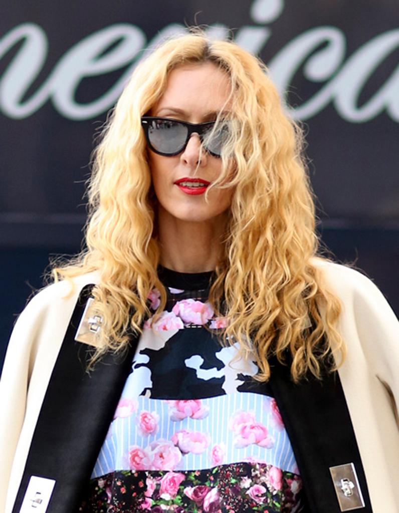 Coloration hiver un faux blond v nitien sur une chevelure fris e street style cheveux - Coloration blond venitien ...