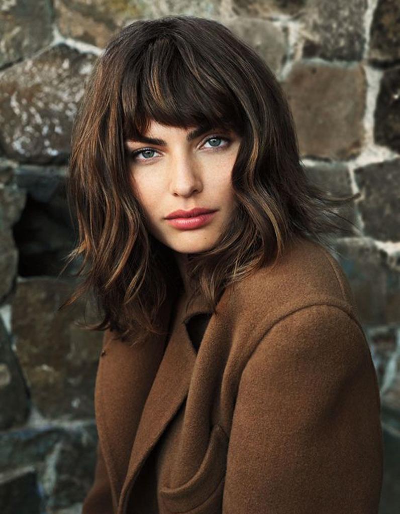Coupe de cheveux carr d grad avec frange automne hiver for Calvitie quelle coupe de cheveux