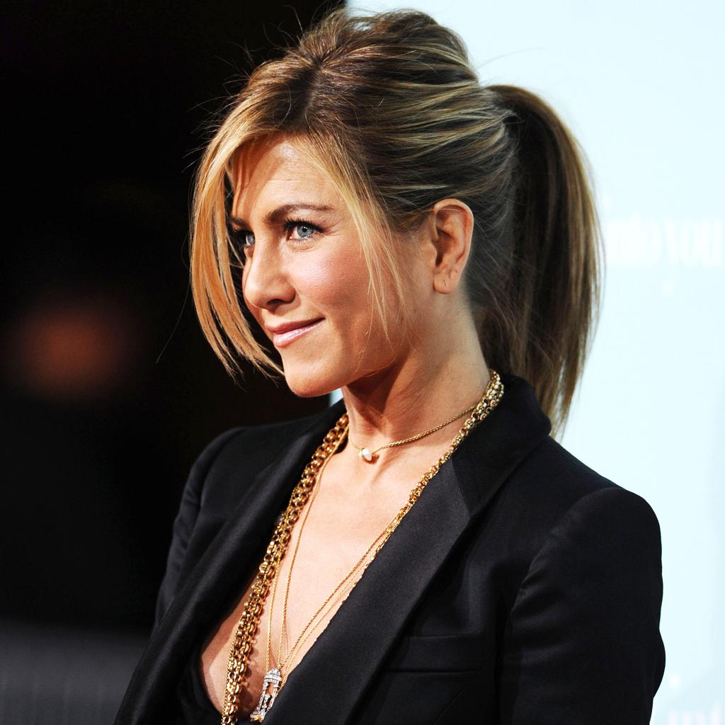 L\u0027évolution coiffure de Jennifer Aniston