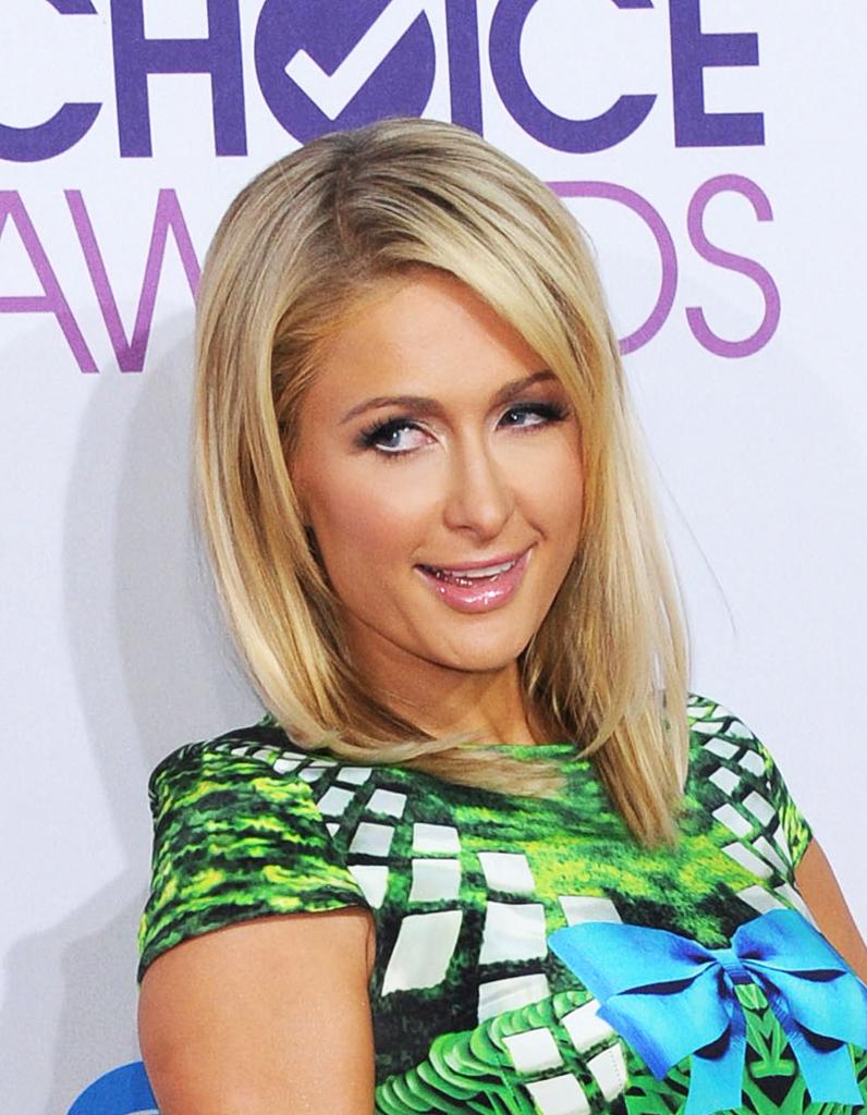 Le Carr Long De Paris Hilton Le Choix Des Stars Pour Rafra Chir Leur Coupe Le Carr Elle