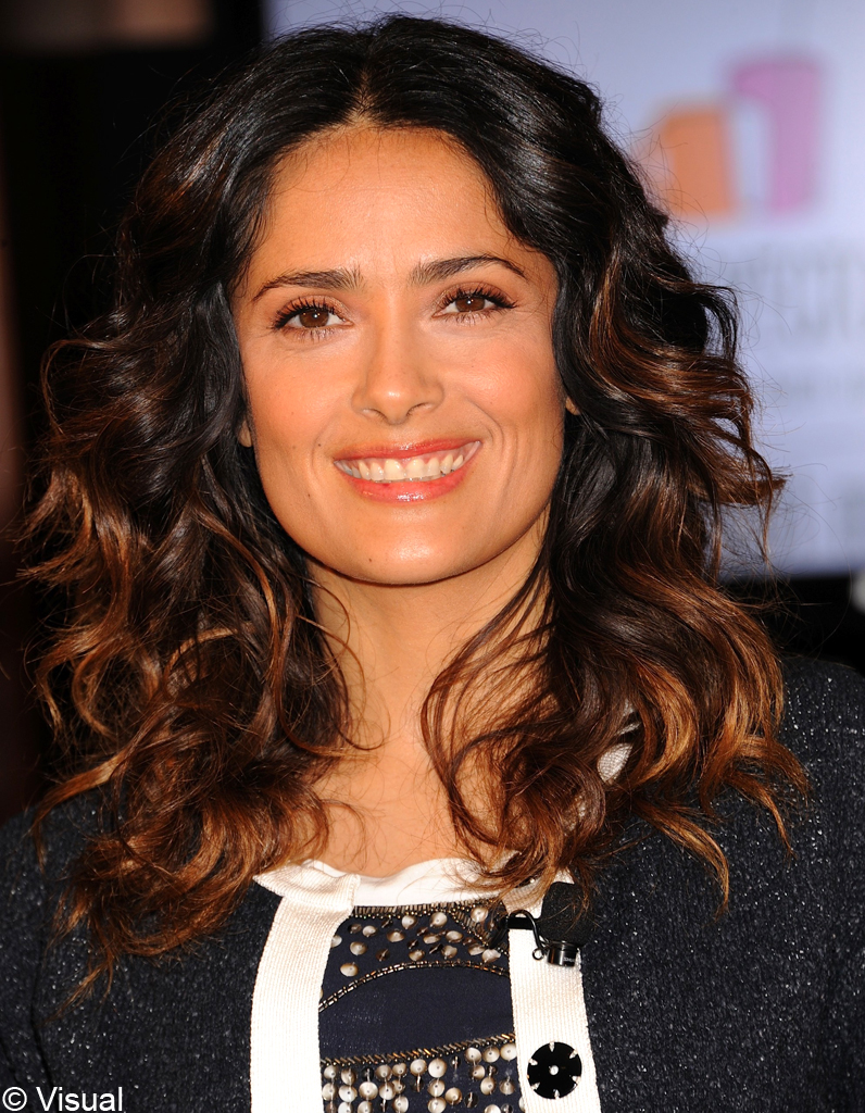 ombr hair salma hayek people elles osent l 39 ombr hair elle. Black Bedroom Furniture Sets. Home Design Ideas