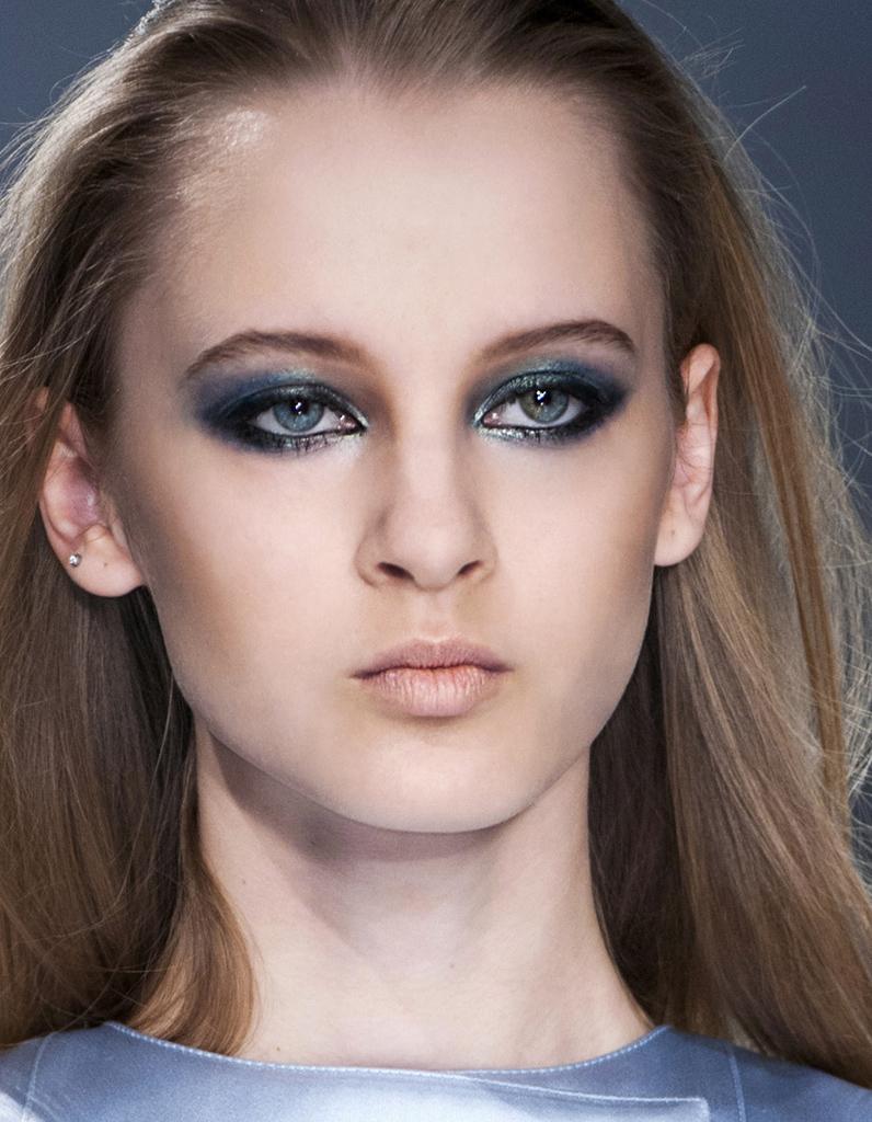 Maquillage r veillon smoky eyes 40 id es de maquillage de r veillon pour briller elle - Maquillage smoky eyes ...