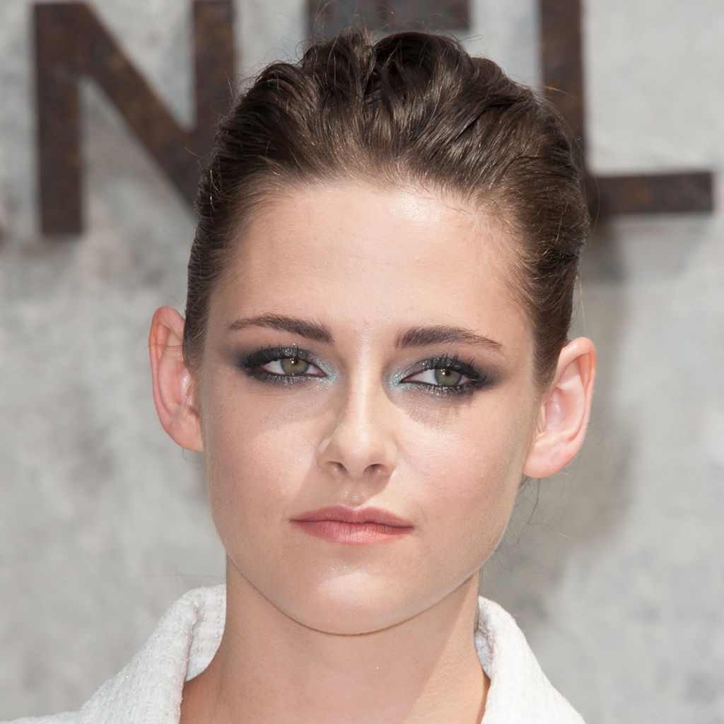 kristen stewart va se raser et se tatouer la t te elle. Black Bedroom Furniture Sets. Home Design Ideas