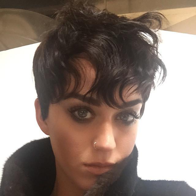La nouvelle coupe de Katy Perry : poisson d'avril ou pas ? - Elle