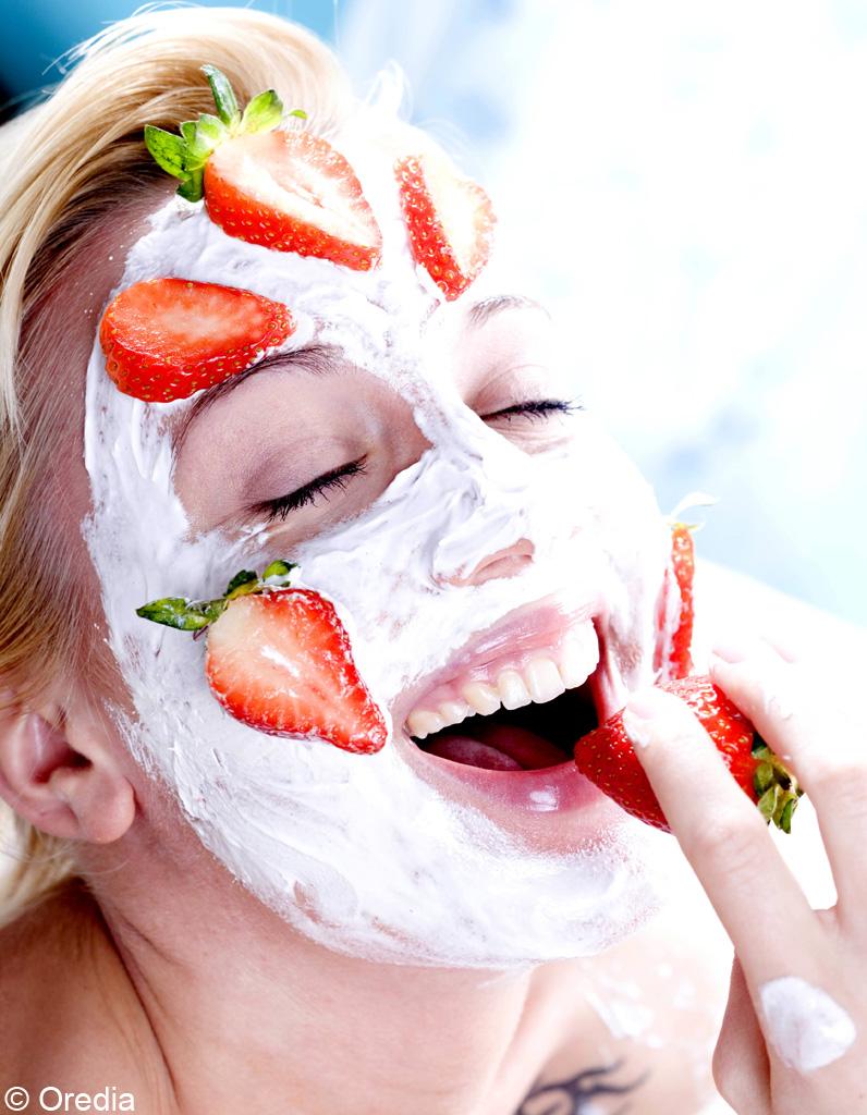 Masque r g n rant 13 recettes de cosm tiques faits maison elle - Masque visage a mettre au frigo ...