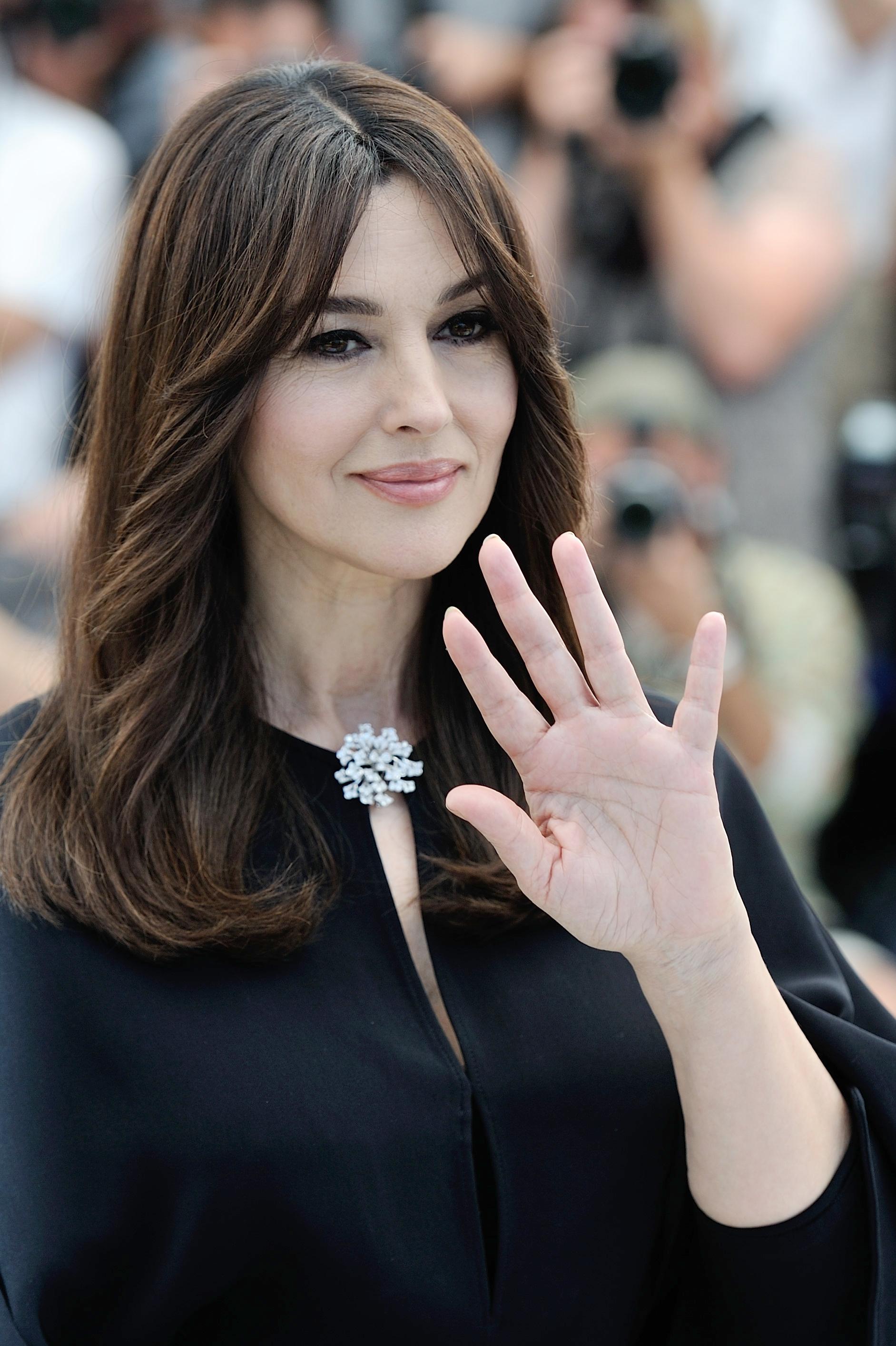 Monica Bellucci - Cannes 2017: Monica Bellucci, sublime ... Monica Bellucci