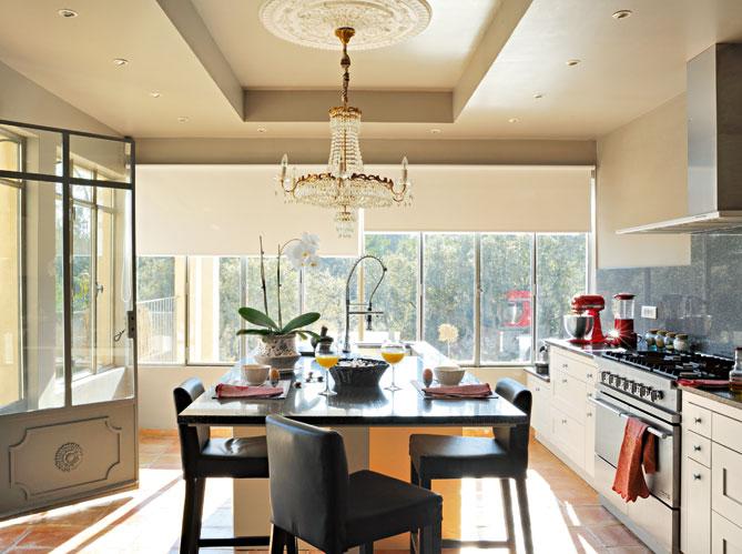 10 cuisines ultra lumineuses elle d coration. Black Bedroom Furniture Sets. Home Design Ideas