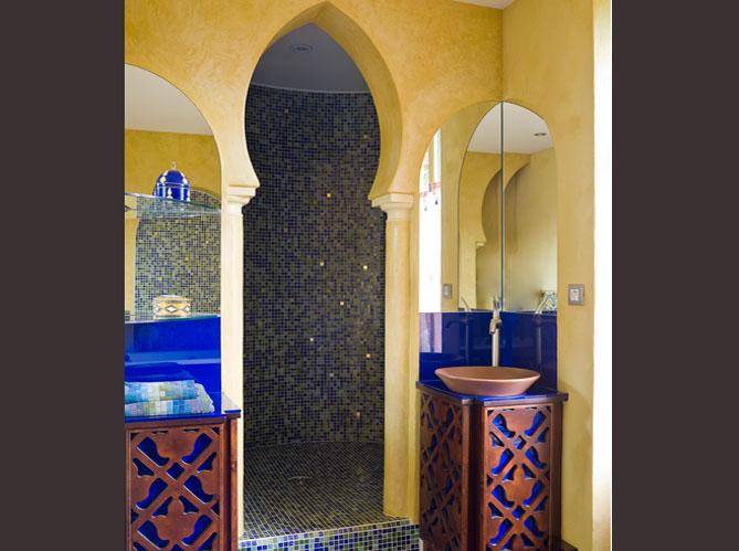 Des salles de bains qui invitent au voyage elle d coration Salle de bain orientale