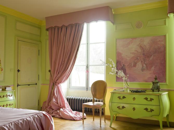 dossier peinture vive la couleur elle d coration. Black Bedroom Furniture Sets. Home Design Ideas