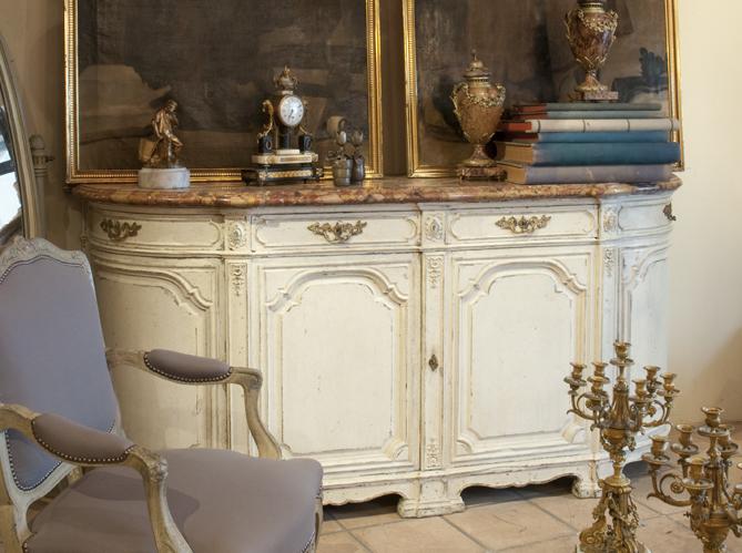 L enfilade parisienne elle d coration for Hotel meuble mon reve