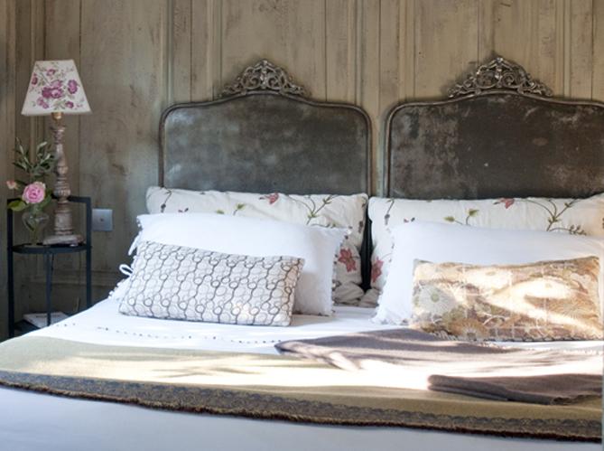 linge de lit draps et couvertures reprennent du service elle d coration. Black Bedroom Furniture Sets. Home Design Ideas