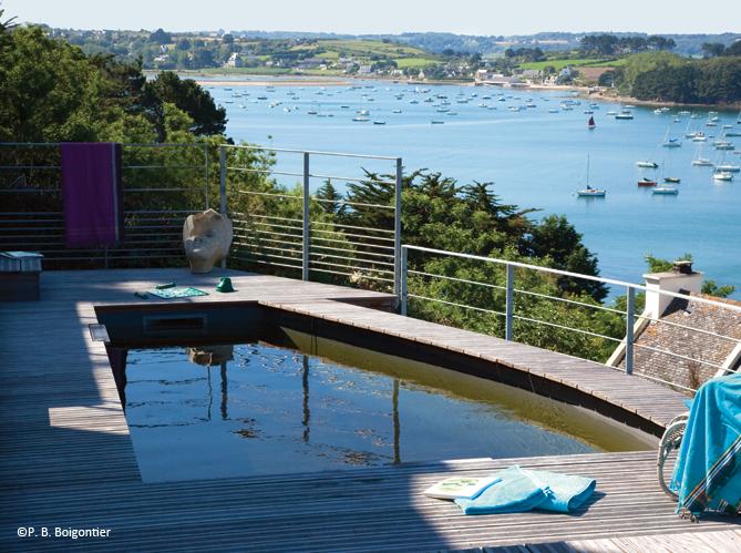 10 petites piscines qui donnent envie elle d coration - Mini piscine interieure ...