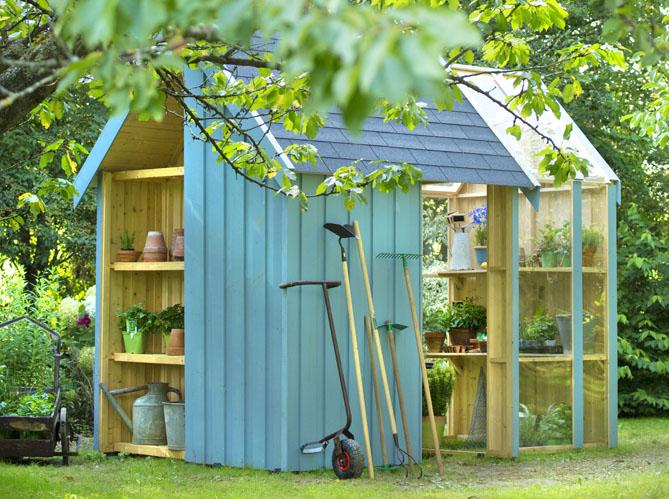 24 abris pour votre jardin abris de jardin elle d coration for Cabane de jardin permis de construire