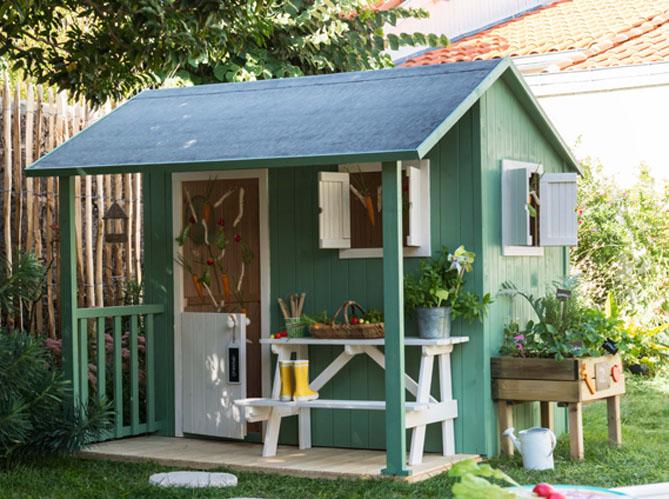Une jolie cabane pour mon jardin elle d coration for Solde abri de jardin
