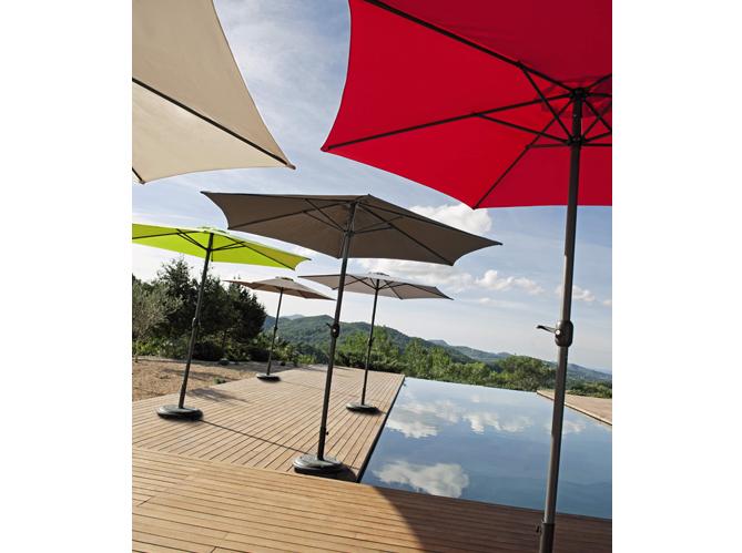 parasol pas cher un t sans se ruiner elle d coration. Black Bedroom Furniture Sets. Home Design Ideas