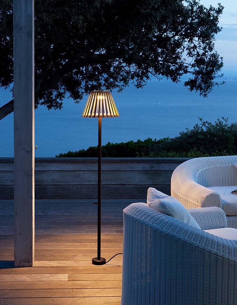 Luminaire outdoor s lection des mod les du moment pour for Lampe deco exterieur