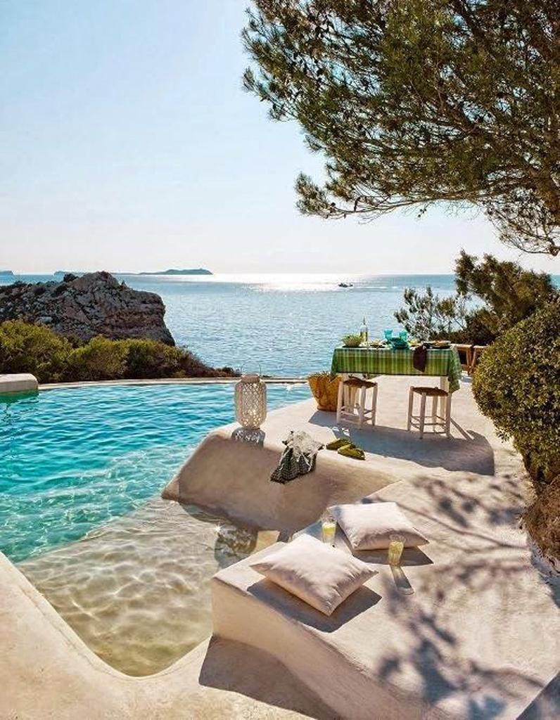 pinterest les 30 plus belles piscines qui vont vous. Black Bedroom Furniture Sets. Home Design Ideas