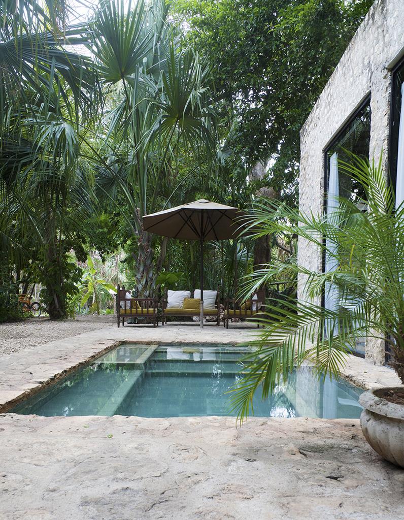 Pinterest les 30 plus belles piscines qui vont vous faire r ver elle d co - Piscine petit format ...