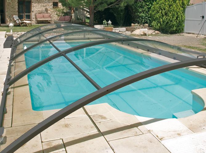 Zoom sur les diff rents abris de piscine elle d coration for Decoration exterieur piscine