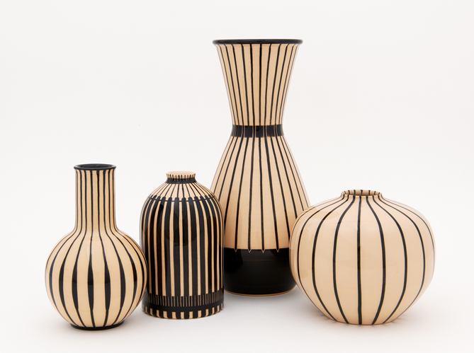 l 39 objet d co du jour les vases de la manufacture hedwig bollhagen elle d coration. Black Bedroom Furniture Sets. Home Design Ideas