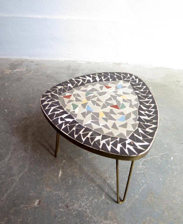 Table basse avec mosaique for Fabriquer table mosaique