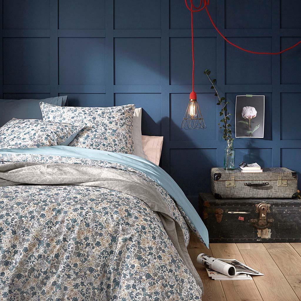 table de nuit romantique mobili rebecca table de nuit chevet tiroirs blanc beige gris cur. Black Bedroom Furniture Sets. Home Design Ideas