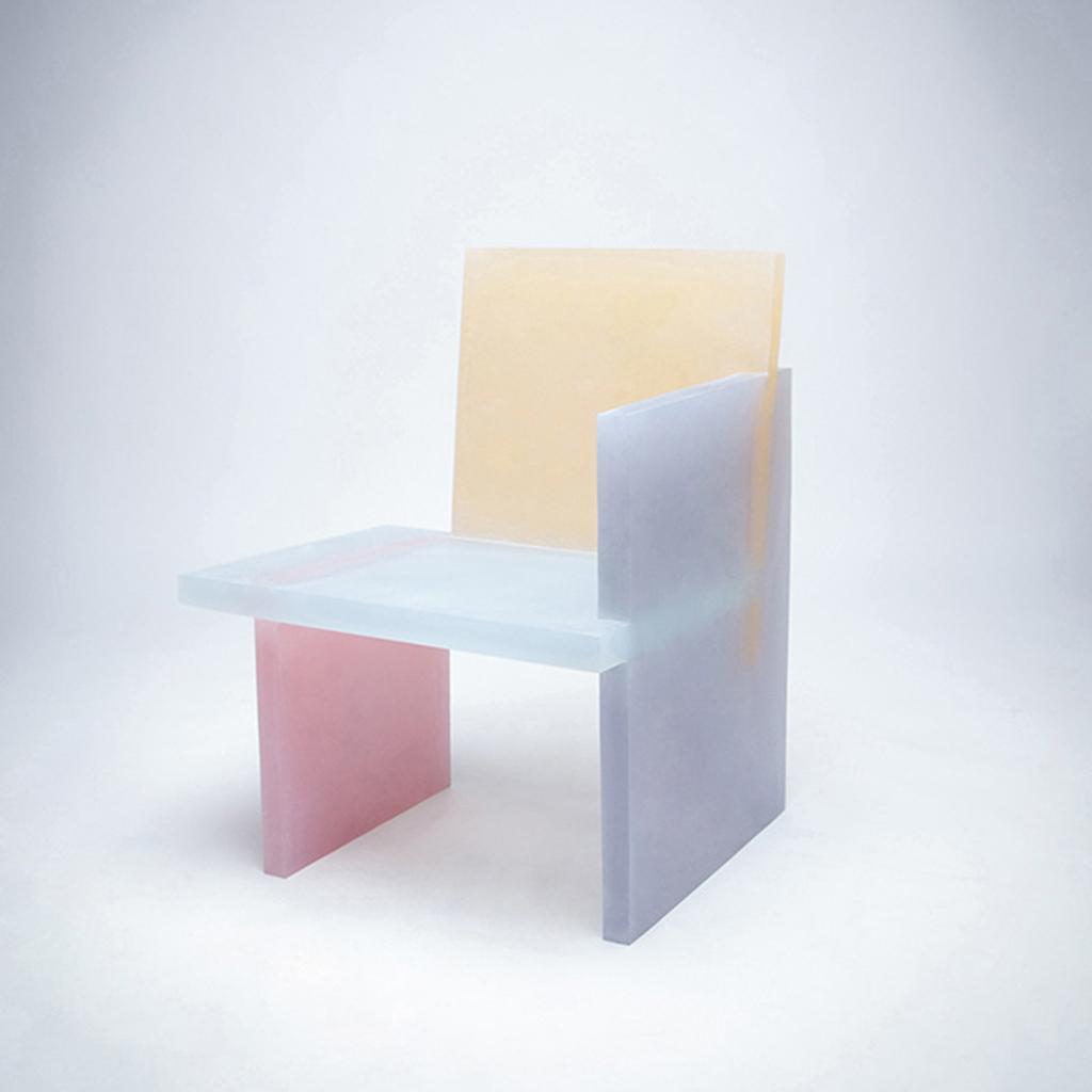 Design et color le style ettore sottsass n 39 a pas pris for Chaise pastel