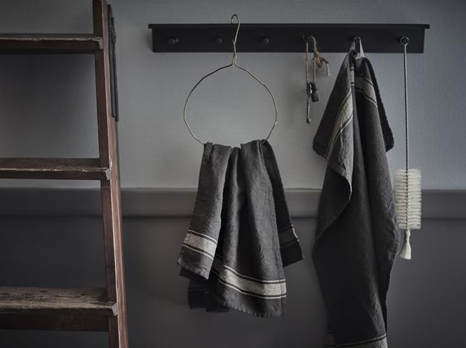 Billot de bois ikea for Ikea le jour du travail