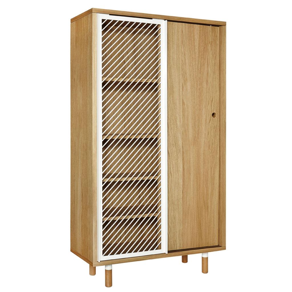 meuble grillage armoire deux portes blanche et grise avec grillage poules meuble grillage a. Black Bedroom Furniture Sets. Home Design Ideas
