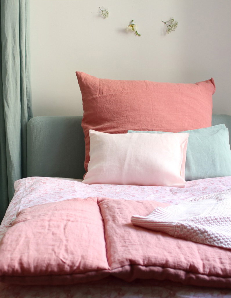 parure de lit enfant tous les mod les pour une chambre tendance elle d co. Black Bedroom Furniture Sets. Home Design Ideas