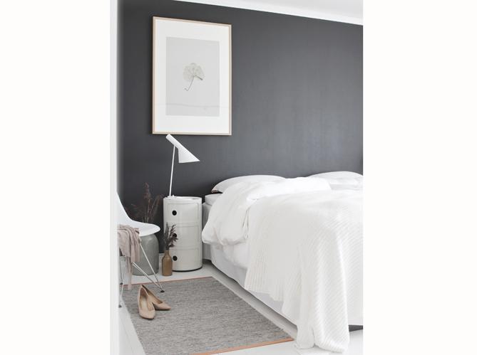 Chambre on mise sur des murs color s elle d coration - Chambre ton gris ...