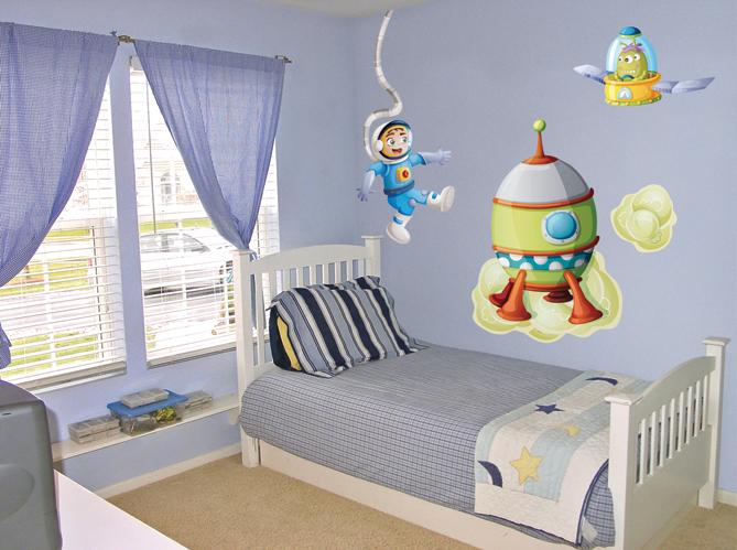 chambre d 39 enfants craquez pour des stickers d co et rigolos elle d coration. Black Bedroom Furniture Sets. Home Design Ideas