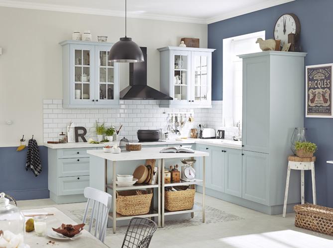 Chaise De Cuisine Leon : Je fonds pour une cuisine bleue  Elle Décoration