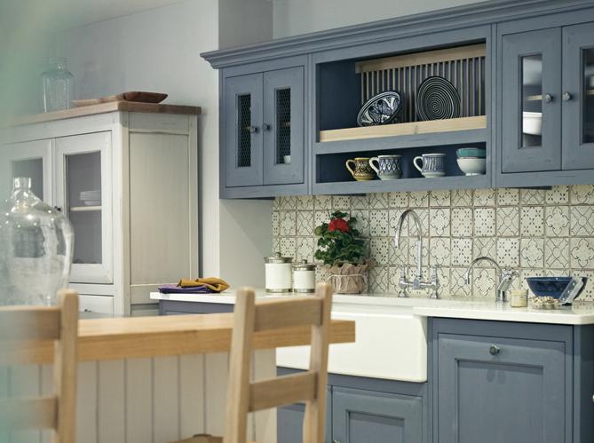 La cuisine esprit campagne nous charme elle d coration - Credence carreaux de ciment ...