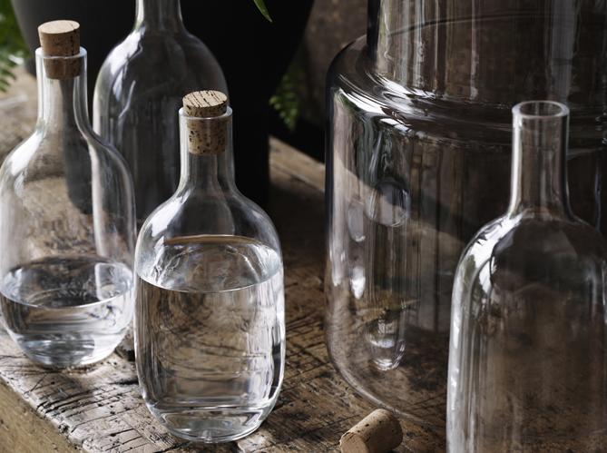 L objet d co du jour la bouteille en verre ikea elle d coration - Bouteille en verre vide ikea ...
