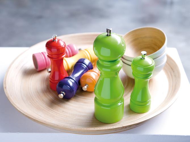 le moulin poivre ic ne de votre table elle d coration. Black Bedroom Furniture Sets. Home Design Ideas