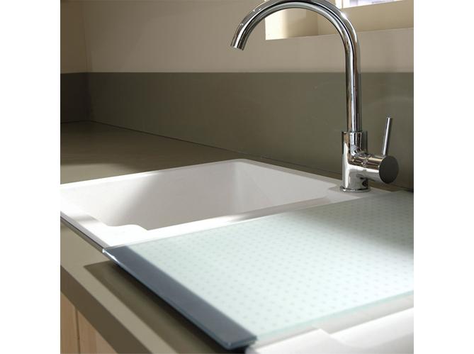planche d couper le nouvel accessoire de cuisine. Black Bedroom Furniture Sets. Home Design Ideas