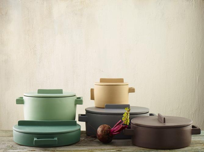 l 39 objet d co du jour de jolies cocottes pour cuisiner en beaut elle d coration. Black Bedroom Furniture Sets. Home Design Ideas