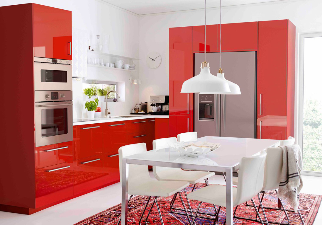 La cuisine rouge comme vous ne l avez jamais vue elle - Cuisine rouge laque ...