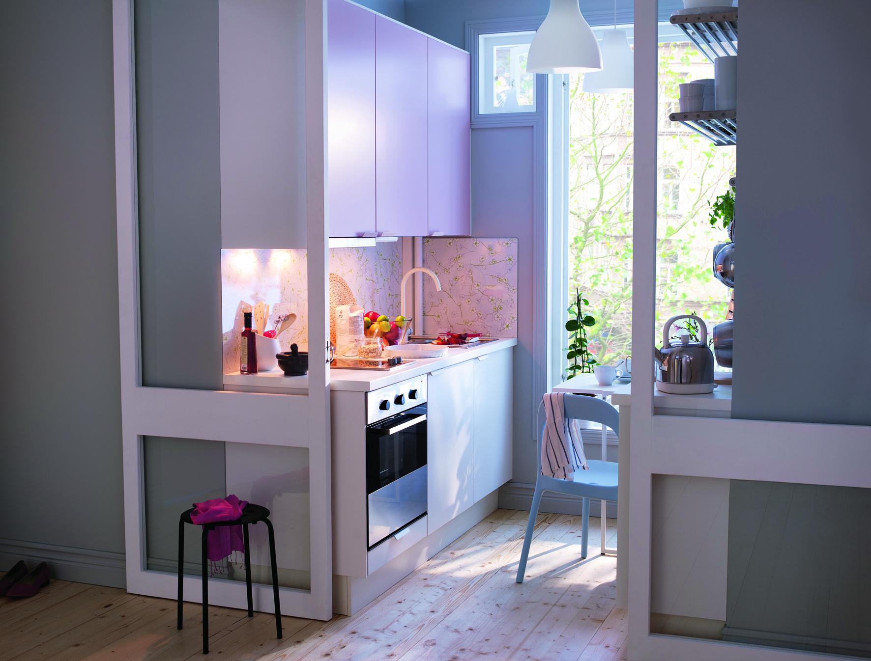 Une cuisine réinventée : vive la couleur !   elle décoration