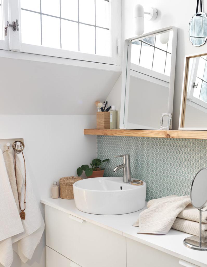 30 id es pour d corer votre salle de bains sans la r nover. Black Bedroom Furniture Sets. Home Design Ideas