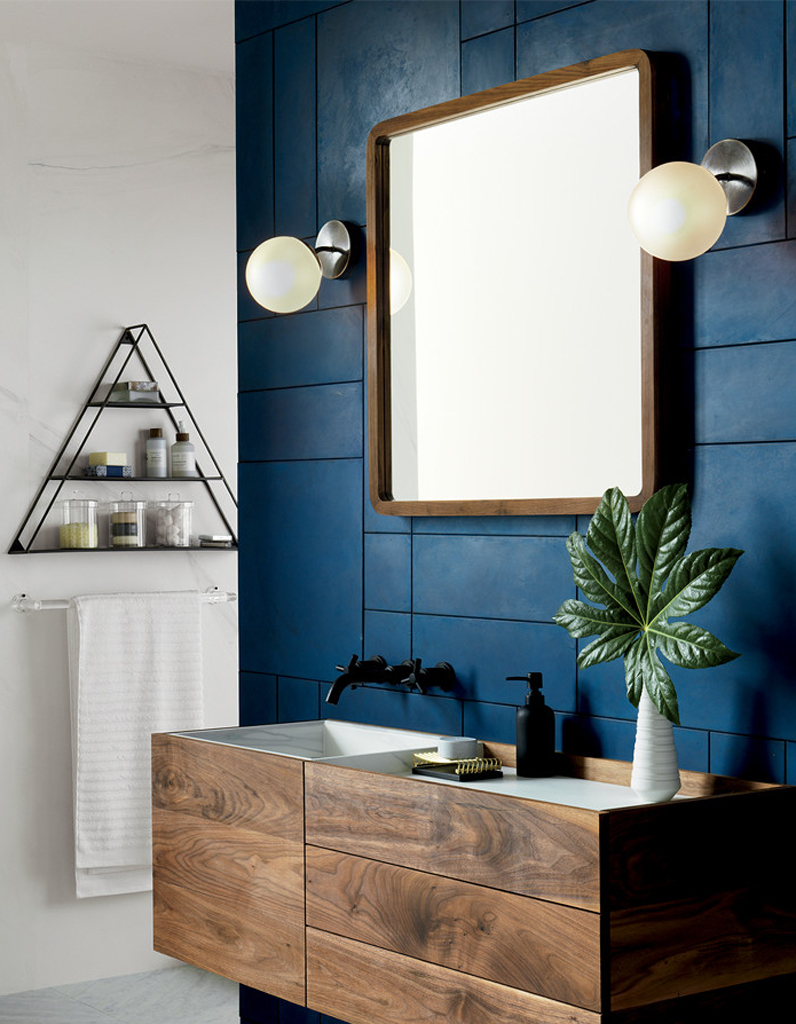 Couleur salle de bains 15 astuces pour apporter de la for Peinture pour salle de bain couleur