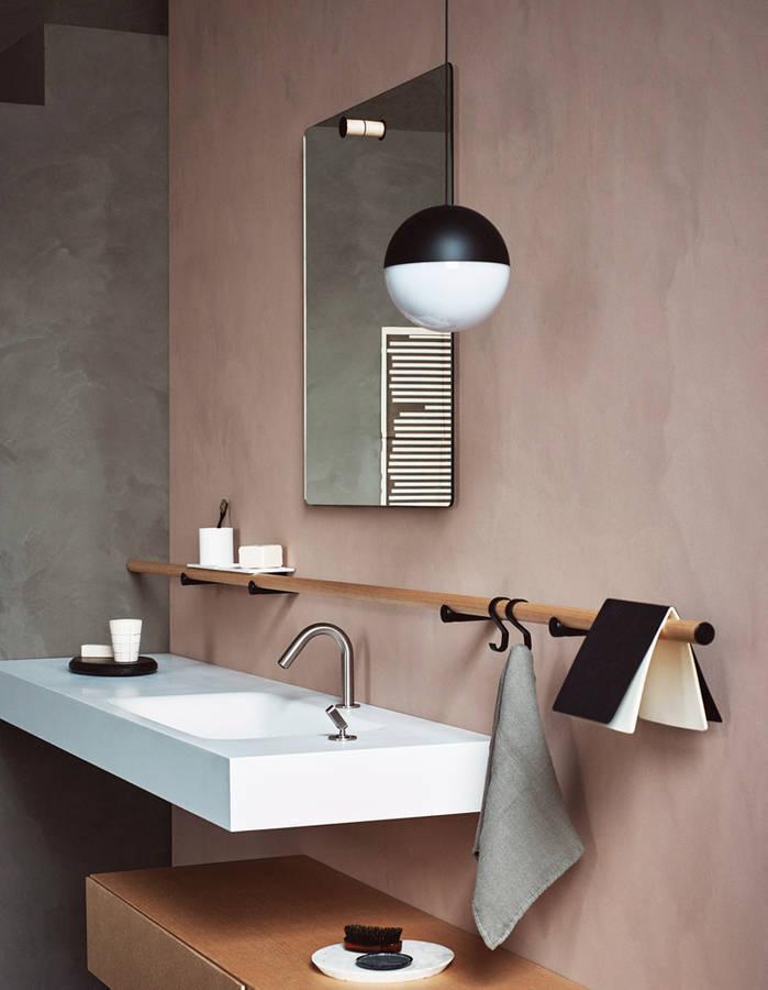 Couleur salle de bains 15 astuces pour apporter de la for Deco mur de salle de bain
