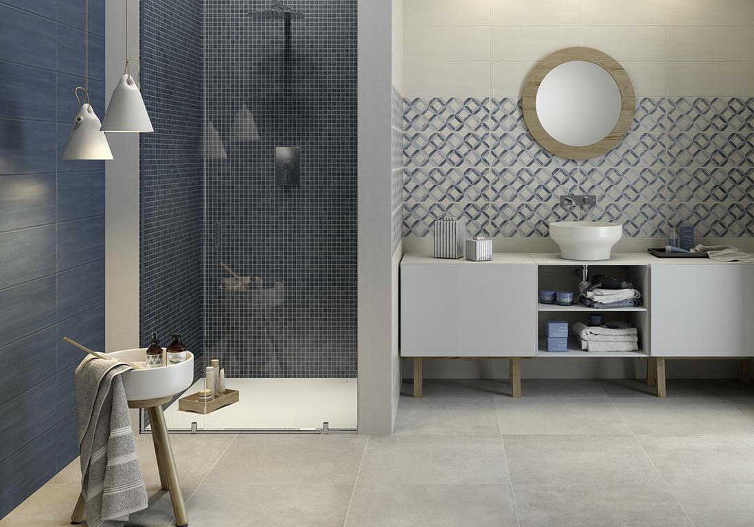D couvrez les plus belles salles de bains bleues elle for Salle de bain carrelage bleu fonce