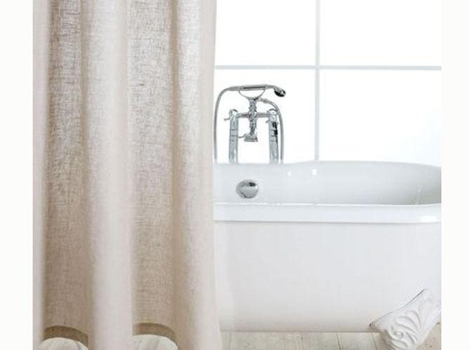rideau de douche l accessoire d co qui relooke votre. Black Bedroom Furniture Sets. Home Design Ideas